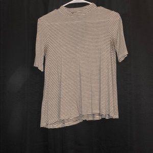 striped 1/2 sleeve shirt